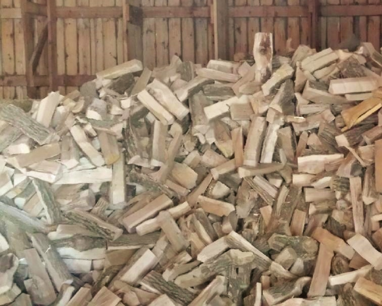 Premium Hardwood Firewood - Ozaukee Firewood - Split and Seasoned